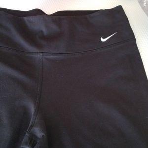 Nike sport Capri